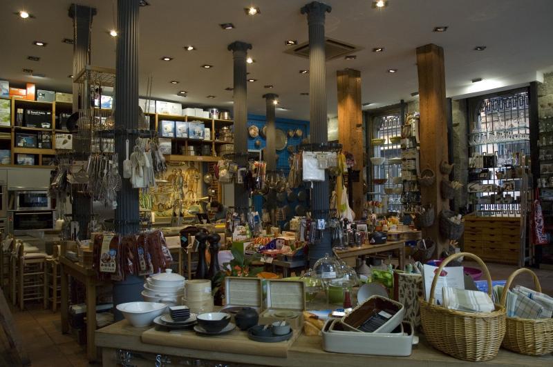 Cocinar alambique tienda online de utensilios y menaje for Menaje de cocina madrid