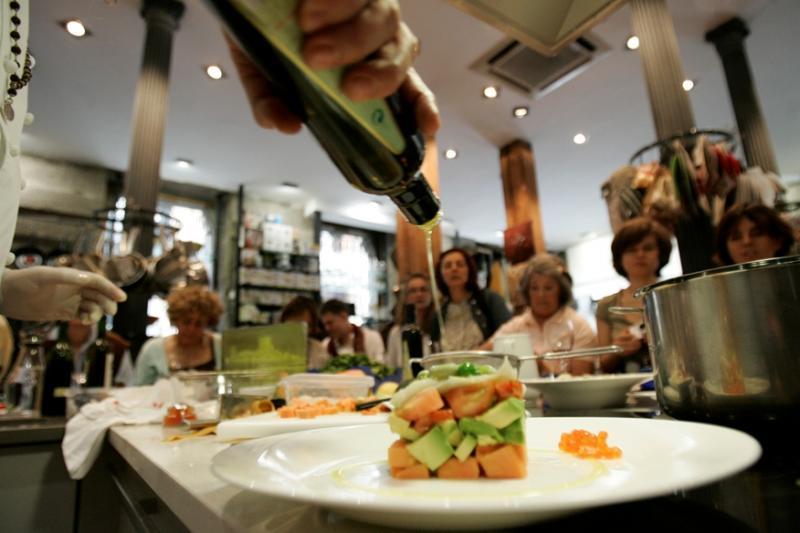 Tienda y escuela de cocina madrid alambique tienda for Utensilios cocina madrid