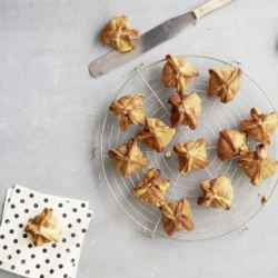 Molde para Dumpling, Empanadillas y Tortellinis Betty Bossi