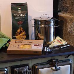 Kit Pasta I: Olla, Cuchara para Espagueti, Pasta al Huevo y Queso Pecorino