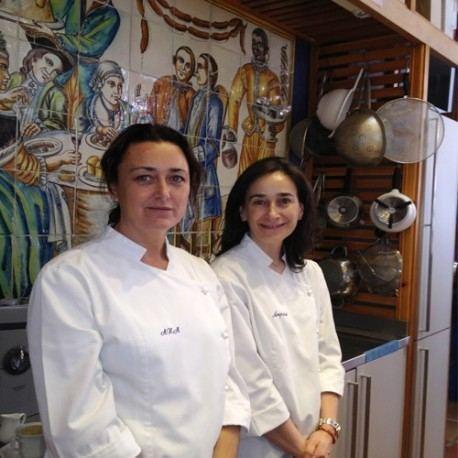 Ana Vega y Amparo González
