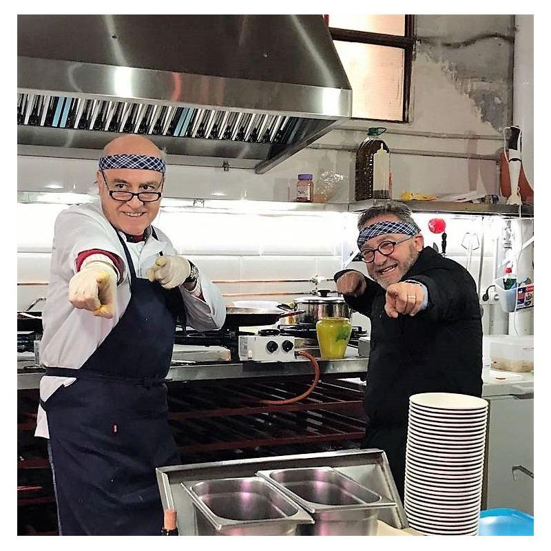 "Javier Siles y Lucho Colvée ""Paella mar planet"""