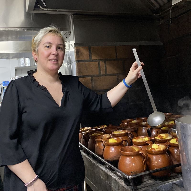 "Mara Verdasco ""Restaurante La Bola"""
